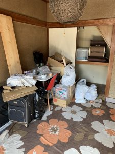 高松市西宝町にて引っ越しに伴う不用品の回収をしましたしました。